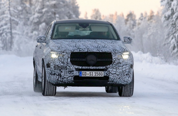 2019_MB_GLE_coupe_spy3_01.jpg