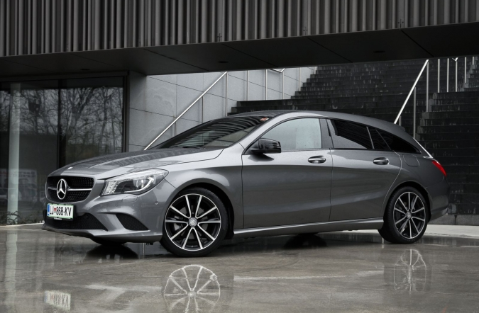 2015_MB%2520CLA%2520shooting%2520brake_01.JPG