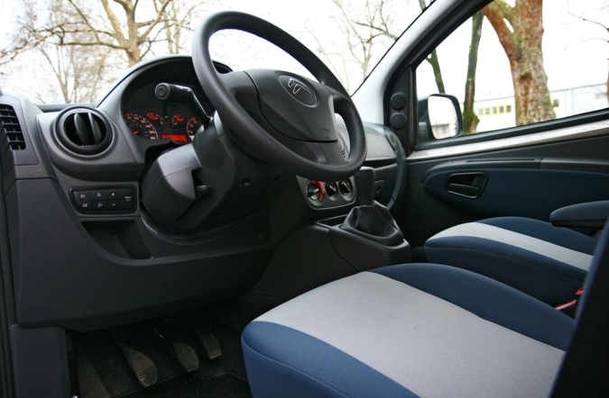 TEST_citroen_nemo-05.JPG