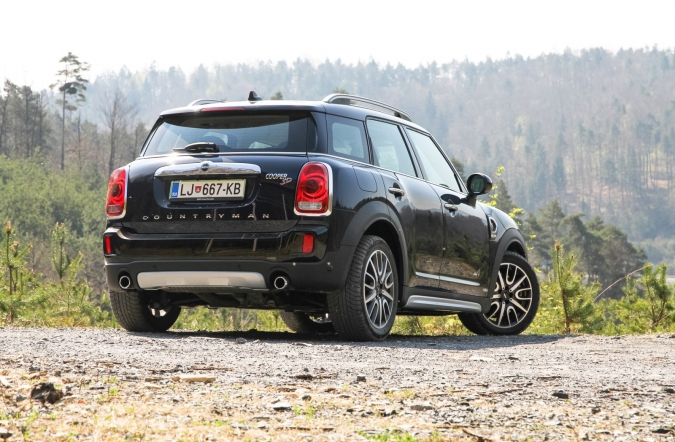 2017_mini%2520cooper%2520countryman%2520SD%2520ALL4_(01).JPG